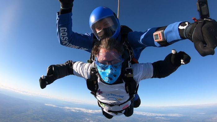 Norman skydiving